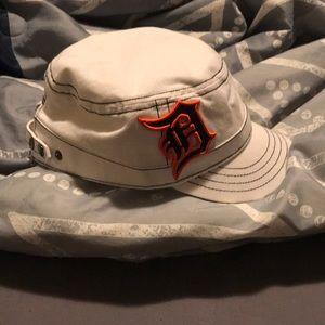 Tigers hat!